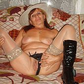 Dilettante older lesbo images.